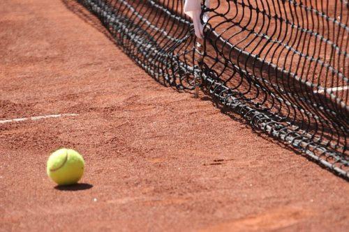 danieltaro-tunnels-tennis